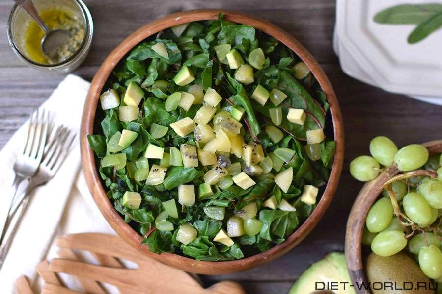 Диетический салат - авокадо и киви